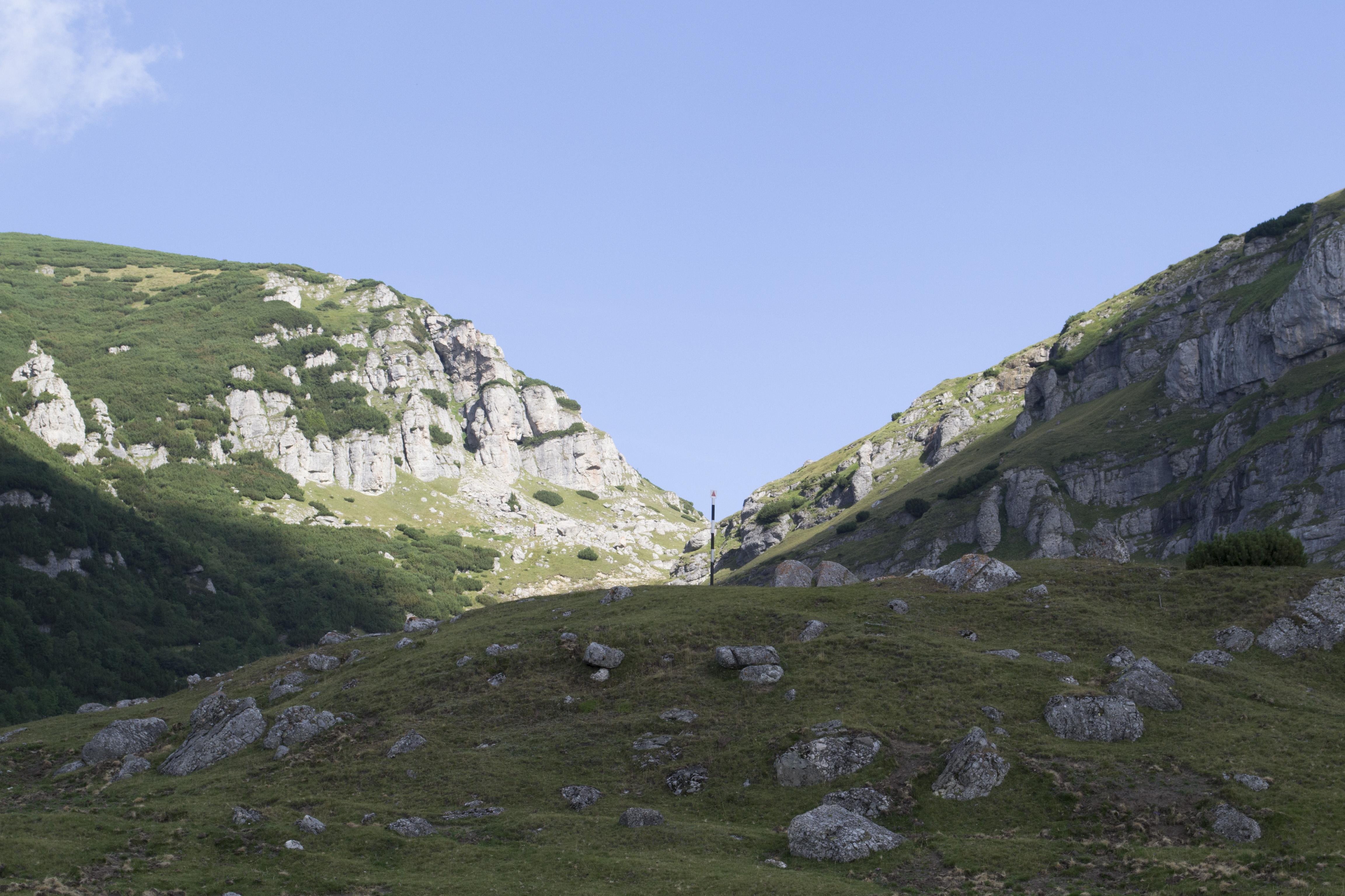 punctul de plecare - sosire pe traseul Muntele Batrana