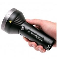 Lanterna Led Lenser MT18 reincarcabila, 3000 lumeni, 540 metri, 3 x 18650